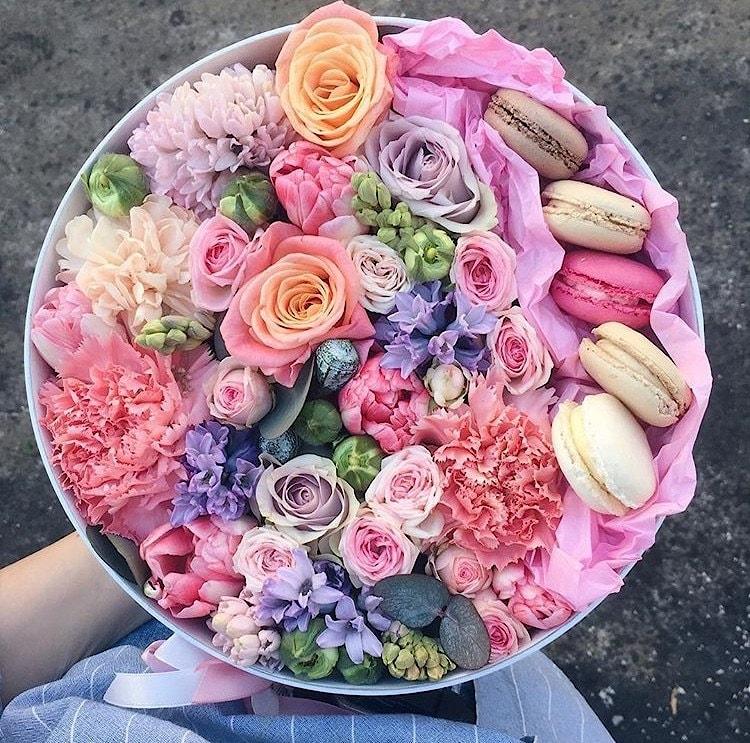 Изумрудного цвета, доставка цветов новополоцк полоцк