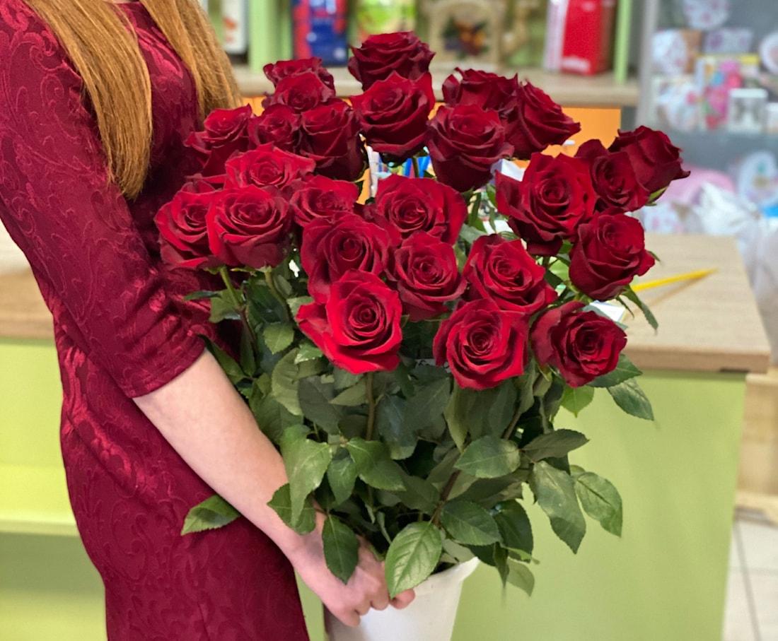 фото подарить розу балчике помимо прогулки